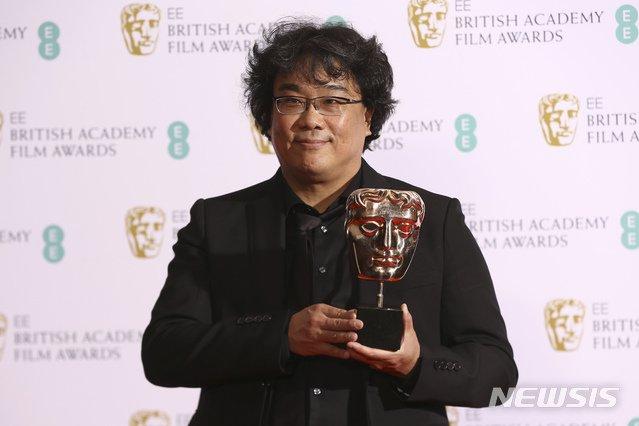 Bong Joon-ho's 'Parasite' Grabs 2 Gongs at BAFTA