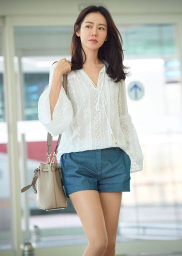 times son ye jin hearts flutter ridiculously attractive airport fashion luv