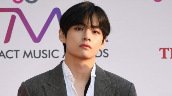 """BTS V Hailed as No. 1 """"Most Handsome Man in The World 2020"""" Beating Hollywood Actors"""