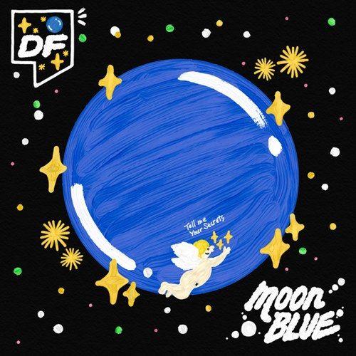 Moon blue (English Translation)