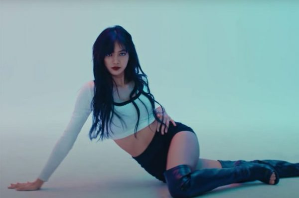 """The Funniest Entries for """"Did It Work?"""" Meme Inspired by BLACKPINK Lisa's Legs"""