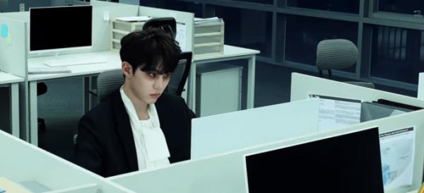 Top 5 Kpop MVs: Zombie Gives Me Life!