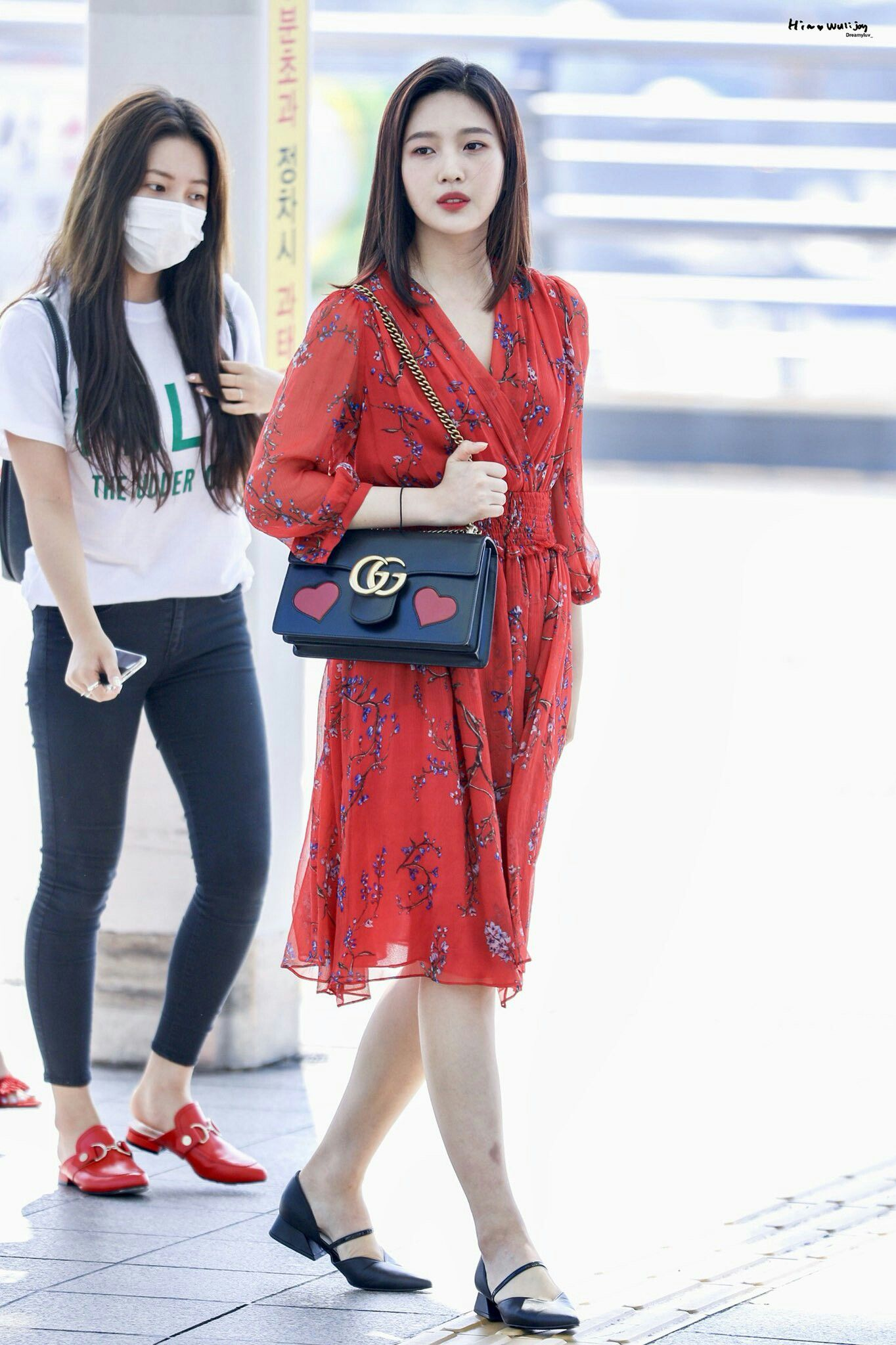 10 Times Red Velvet S Joy Was The Prettiest Style Queen In Her Casual Fashion K Luv