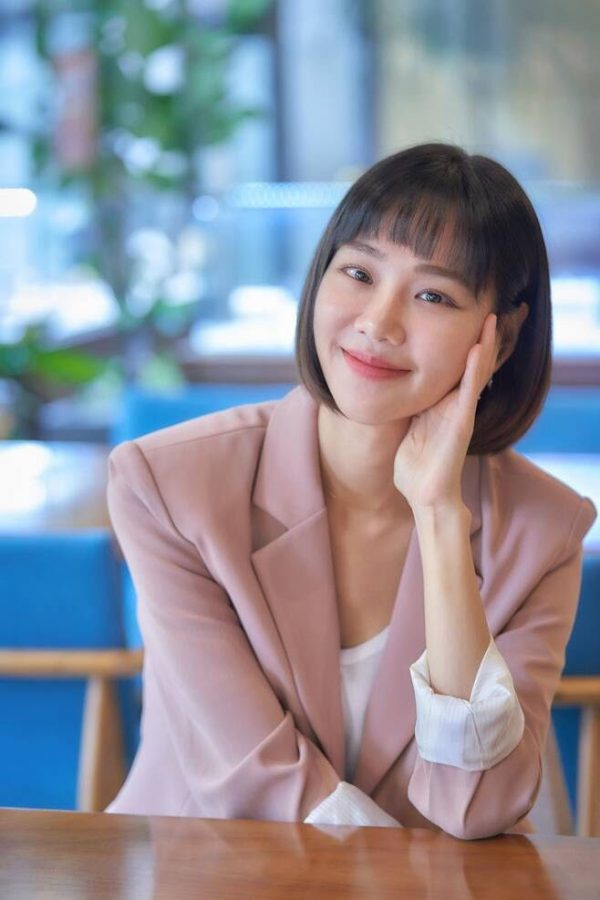 """""""Kkondae Intern"""" Actress Han Ji Eun Hopes That Her Relationship With Rapper Hanhae Will Not Affect How The Public Views Her Acting"""
