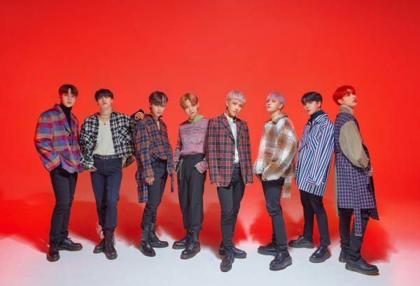 ATEEZ Announces Global Online Fansign Event