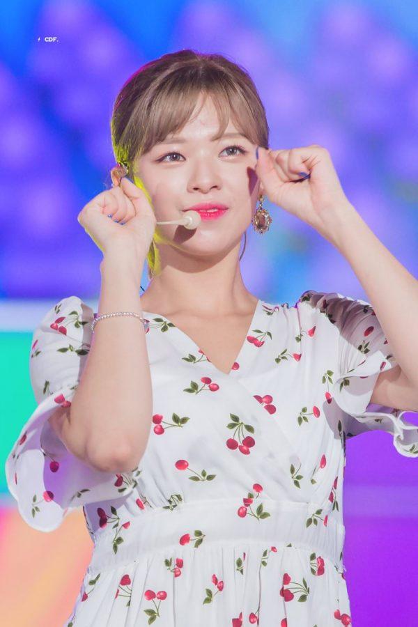TWICE's Jeongyeon Reveals 15 Secrets Of Her Personality