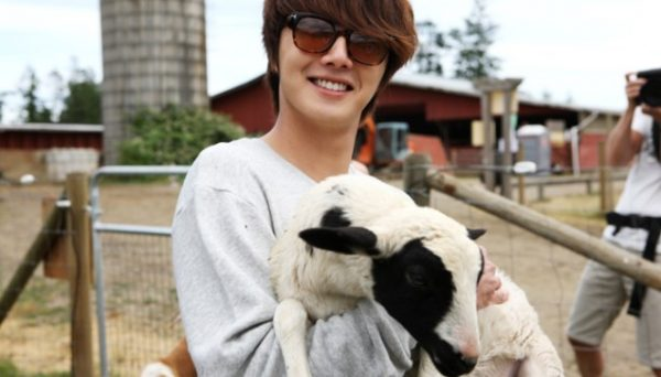 Jung Il woo in Vancouver, Canada in MTV's One More Time, 2011. Episode 5 with English Translation.