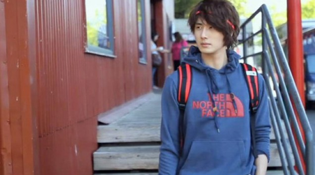 2011 Jung Il woo in Ceci Magazine. Behind the Scenes. 1