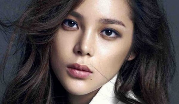 Park Si Yeon Issues Apology Following Her Recent DUI Incident