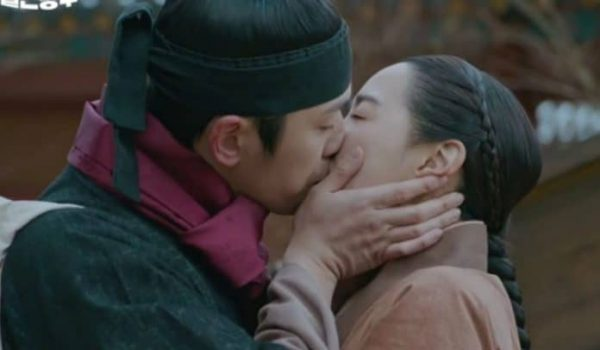 """The Finale Of """"Mr. Queen"""" Becomes The 5th Highest Rated tvN Drama Of All Time"""